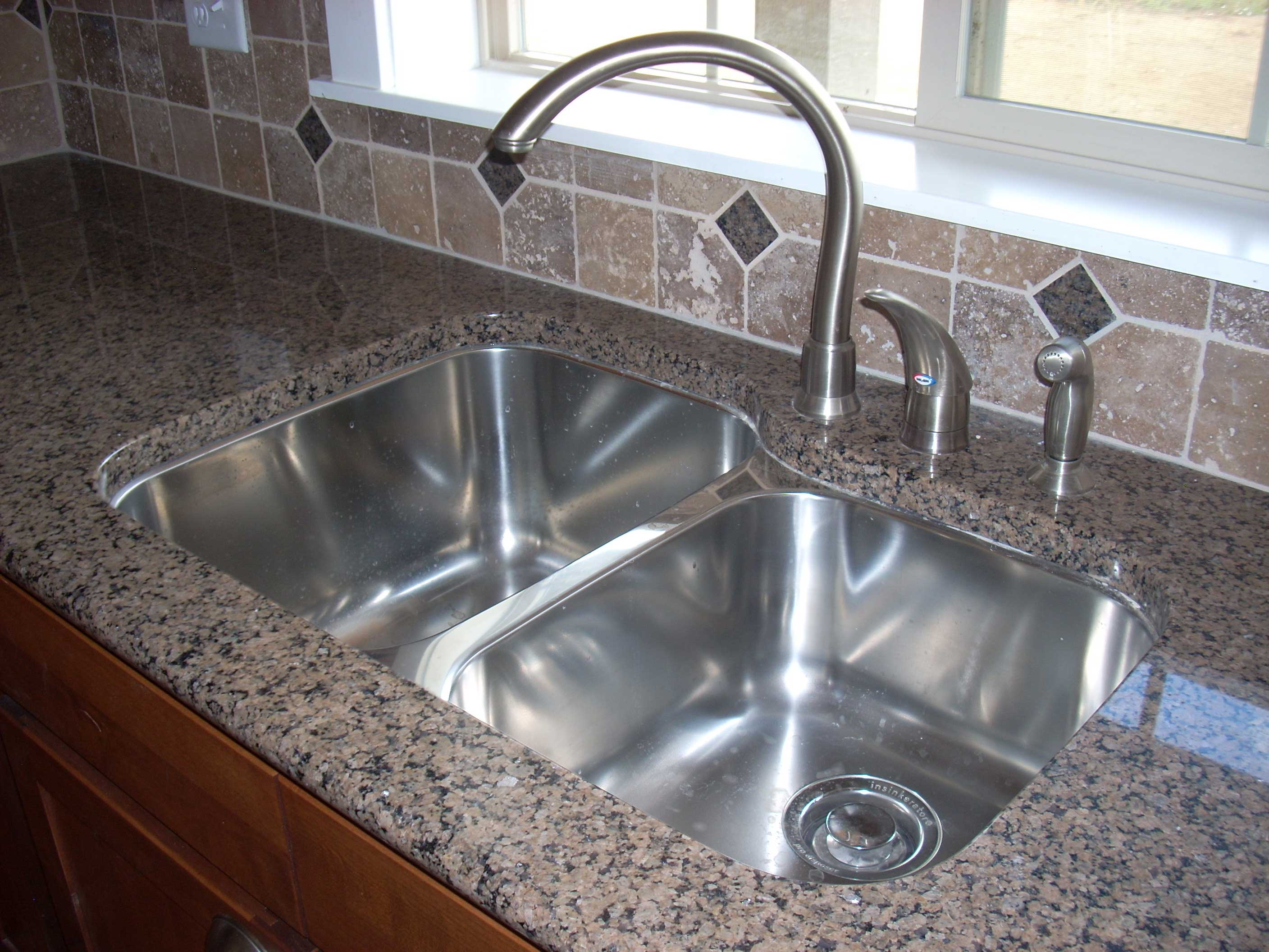 Kitchen Sink Placement In Countertop